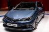 Toyota_Auris_hybride_2015_salon_Genève.png